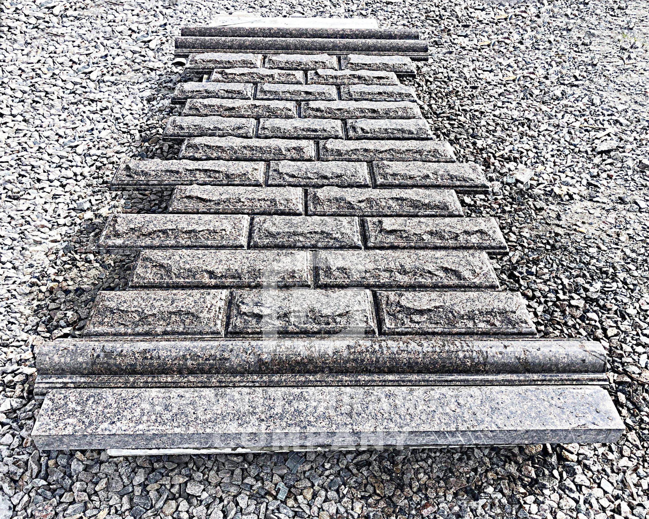 granitnaya-plitka-skala-1