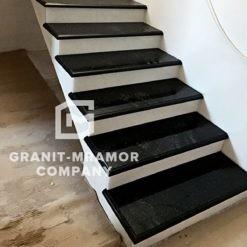 lestnitsa-iz-granita